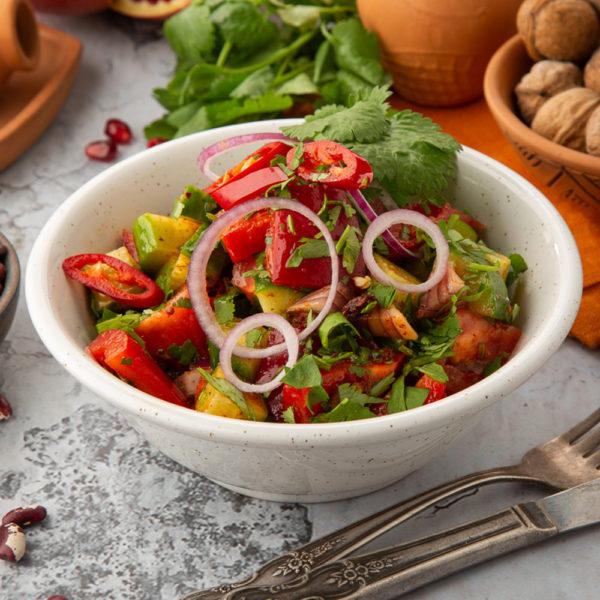 Острый салат по-тбилисски с кинзмари